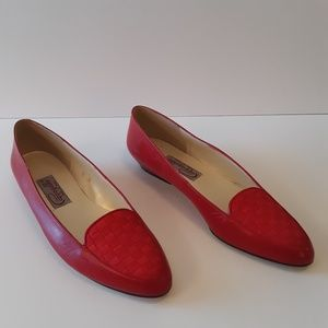 Cappagallo red vintage flat shoes